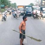 Loco tailandes de la glaive